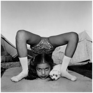 mary-ellen-mark-contorsionista